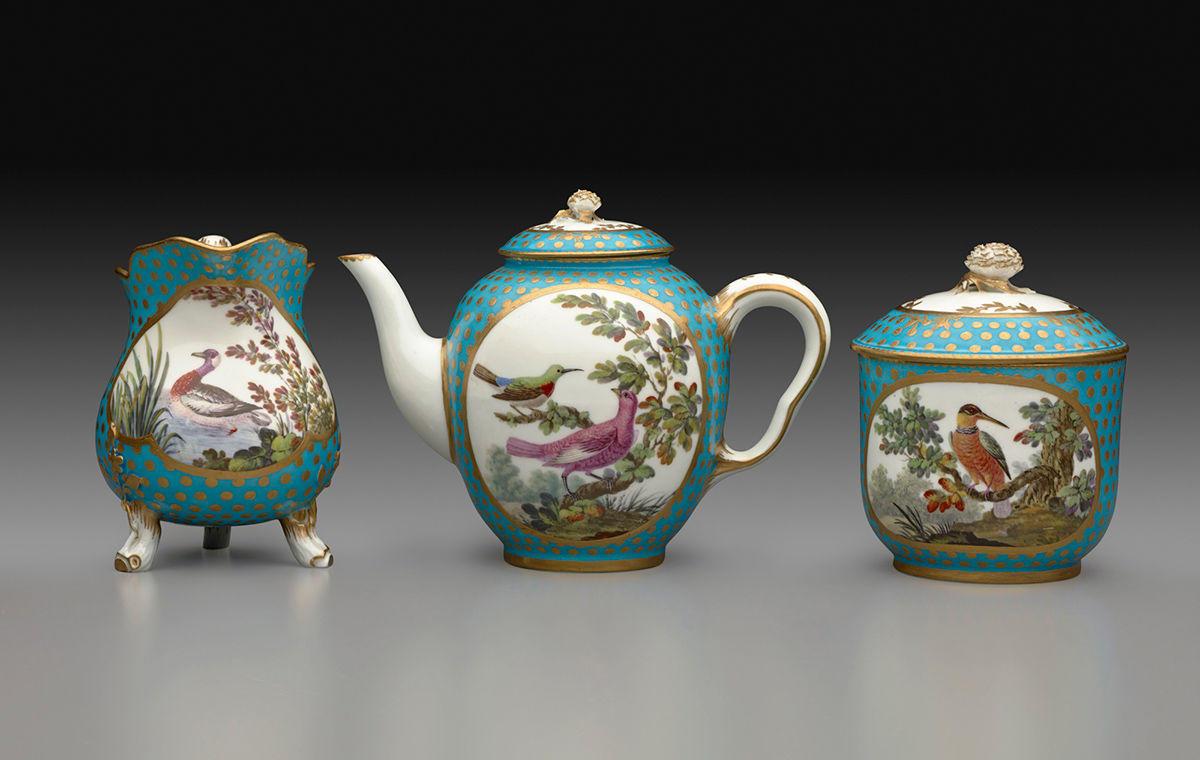 2-Tea_Service_1918921_31A_2000