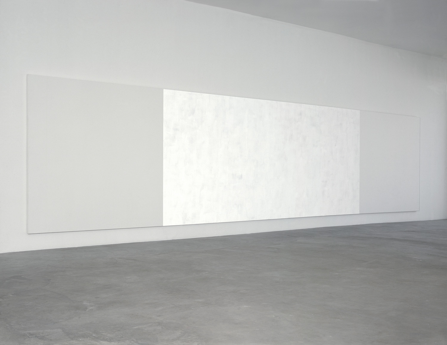 MARY CORSE UNTITLED (WHITE LIGHT WITH SQUARES), 1994 GLASS MICROSPHERES IN ACRYLIC ON CANVAS 8' (H) X 34' (W) 0124-0077